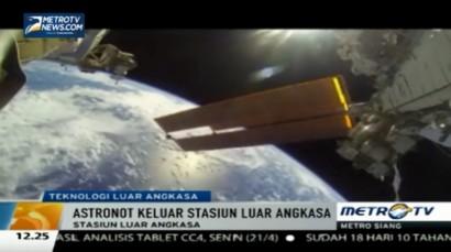 NASA Rilis Video Astronot Berjalan di Luar Angkasa