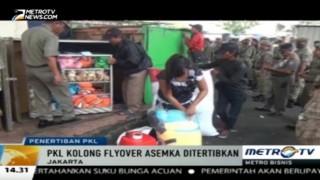 275 Lapak PKL Kolong Flyover Asemka Ditertibkan
