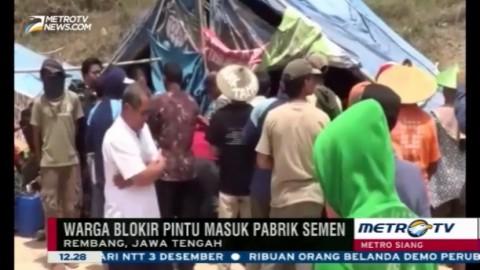 Blokir Pabrik Semen, Warga Bangun Tenda di Pintu Masuk