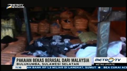 Polda Sulselbar Tangkap Ribuan Bal Pakaian Bekas dari Malaysia