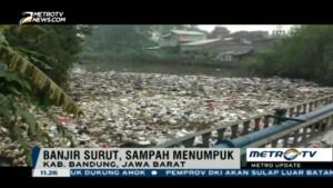 Banjir di Bandung Selatan Surut, Ribuan Ton Kubik Sampah Penuhi Sungai
