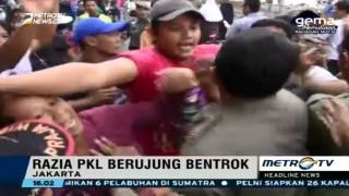 Razia Penertiban PKL di Tanah Abang Berujung Bentrok