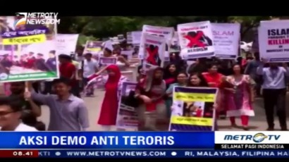 Ratusan Siswa Bangladesh Demo Anti Teroris