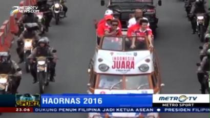 Owi-Butet Diarak di Surabaya