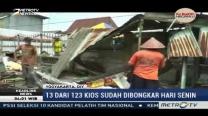 PT KAI Daop 6 Yogyakarta Bongkar Kios di Selatan Stasiun Tugu