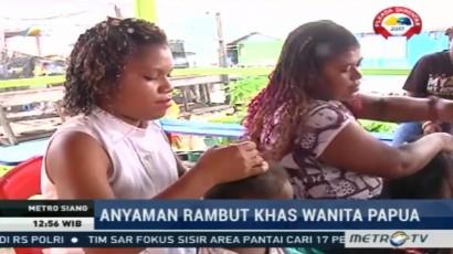 Anyaman Rambut Khas Wanita Papua