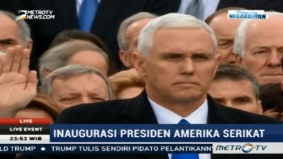 Mike Pence Diambil Sumpah sebagai Wakil Presiden Amerika Serikat