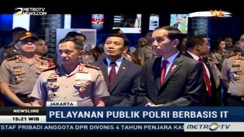Jokowi Pantau Pelayanan SIM Online dan E-Tilang
