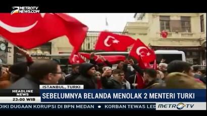Seorang Pria Turki Nekat Ganti Bendera di Konsulat Belanda