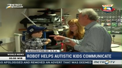 Robot Helps Autistic Kids Communicate