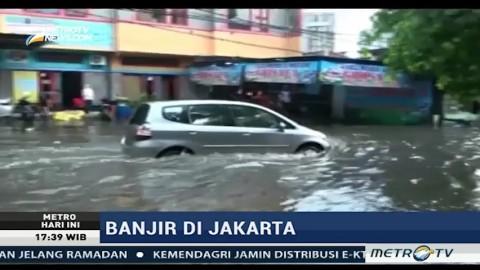 Hujan Deras, Mampang dan Kemang Utara Terendam Banjir
