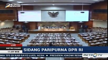 DPR Resmi Perpanjang Pembahasan Tujuh RUU