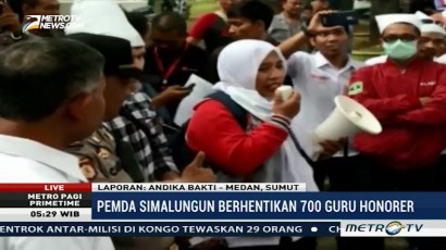 Ratusan Guru Honorer Gelar Demo di Gedung DPRD Sumut