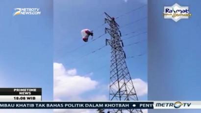 Balon Udara Tersangkut di Jaringan Listrik Wonosobo