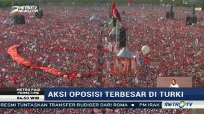 Puluhan Ribu Pendukung Oposisi Turki Gelar Demonstrasi