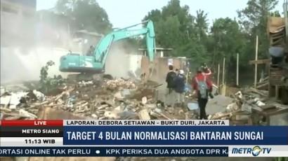 Ratusan Bangunan di Bukit Duri Dibongkar Tanpa Perlawanan