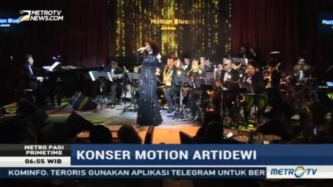Artidewi Nyanyikan Lagu Frank Sinatra di Motion Blue