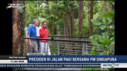 Jokowi Jalan Pagi Bersama PM Singapura