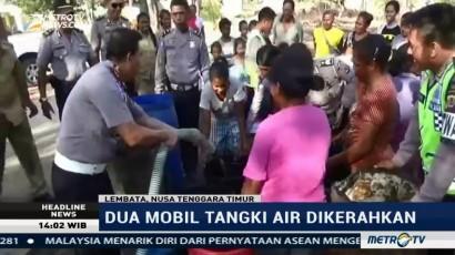 Kekeringan, Polisi Distribusikan Air Bersih untuk Warga Lembata