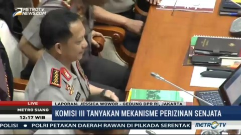 Komisi III Tanyakan Mekanisme Perizinan Senjata ke Kapolri