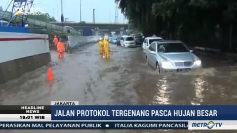 Jalan Protokol Jakarta Tergenang Banjir