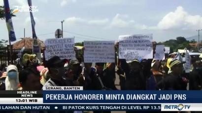 Ratusan Tenaga Kerja Honorer se-Banten Demo Tagih Janji Gubernur