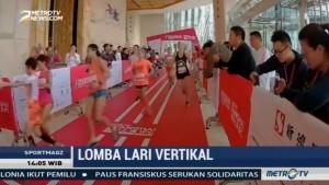 Melihat Keseruan Lomba Lari Vertikal di Shanghai