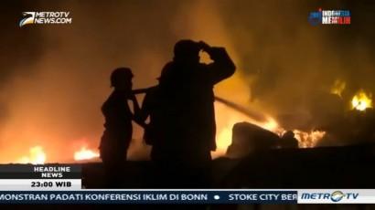 Gudang Plastik dan Kapas di Bekasi Ludes Terbakar