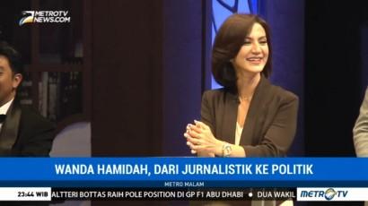 Wanda Hamidah, Dari Jurnalistik ke Politik