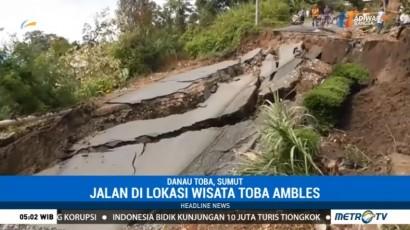 Jalan Menuju Kawasan Wisata Danau Toba Ambles