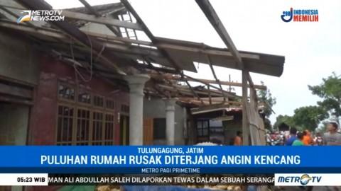 Puluhan Rumah di Tulungagung Rusak Diterjang Angin Kencang