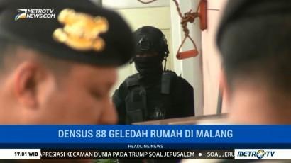 Densus 88 Geledah Sebuah Rumah di Malang