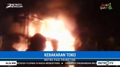 Sebuah Toko Kue di Tangerang Terbakar