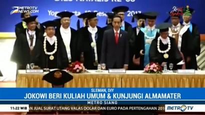 Jokowi Hadiri Dies Natalis ke-68 UGM