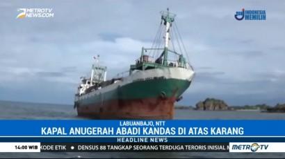 Kapal Anugerah Abadi Tabrak Karang di Labuan Bajo, Puluhan Penumpang Dievakuasi