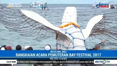 Penenggelaman Terumbu Karang Buatan Warnai Pemuteran Bay Festival 2017