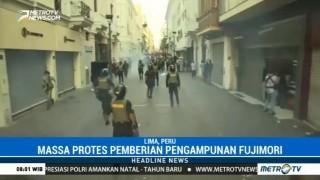 Polisi Tembakan Gas Air Mata ke Demonstran Penentang Presiden Peru