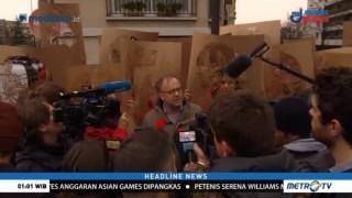 Puluhan Aktivis Paris Unjuk Rasa di Depan Gedung Kedubes Turki