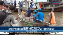 Nelayan Tradisional Amankan Enam Kapal Pukat Harimau di Batu Bara