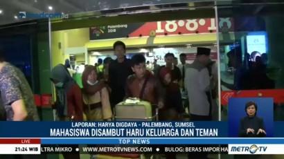 Tiba di Palembang, Korban Selamat Mezanin BEI Disambut Haru Keluarga