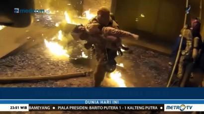 Momen Dramatis Penyelamatan Anak Korban Kebakaran