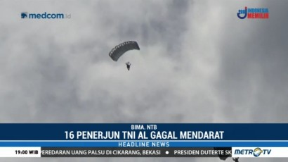 Angin Kencang, 8 Penerjun TNI AL Mendarat di Permukiman Warga