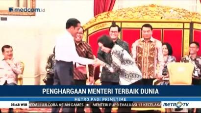 Jokowi Ucapkan Selamat dan Jabat Tangan Sri Mulyani saat Buka Sidang Kabinet