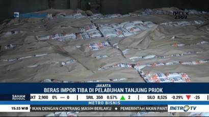 41 Ribu Ton Beras Impor Vietnam Tiba di Pelabuhan Tanjung Priok