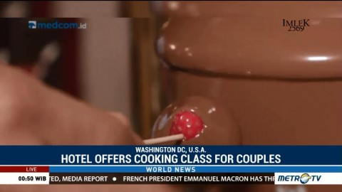 Hotel Offers Cooking Class for Couples