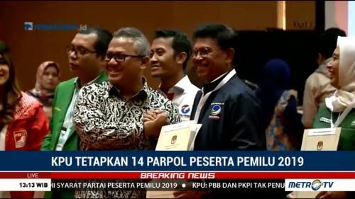 Arief Budiman Serahkan SK KPU kepada 14 Parpol Peserta Pemilu