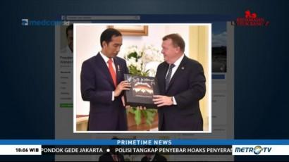 Jokowi Tebus Album Metallica Pemberian PM Denmark dari KPK