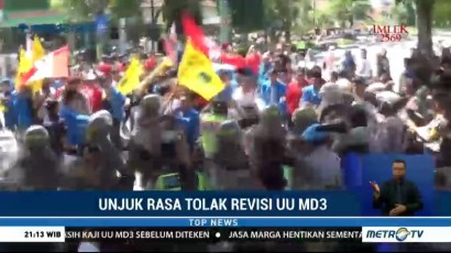 Demo Tolak UU MD3 di Jombang Berujung Ricuh