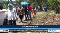 Banyak Warga Berdatangan ke Lokasi Longsor di Brebes