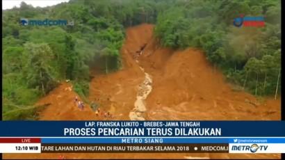 Tim SAR Menyisir Aliran Sungai untuk Mencari Korban Longsor di Brebes
